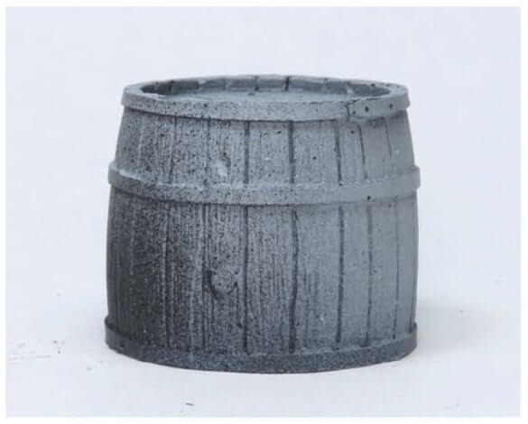 Наносим серый грунт - Красим деревянные бочки - пошаговый гайд